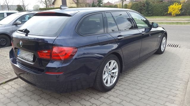 scheibentoenung-schwedt-kombi-limusine-schwarz